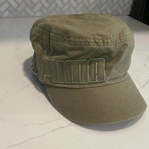 🌟 Green Puma Embroidered Painters Hat